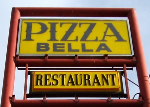 Pizza Bella Sign